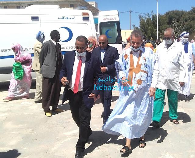 بلدية نواذيبو تهدي سيارة إسعاف للمركز الصحي الجهوي بالمدينة.. - صور
