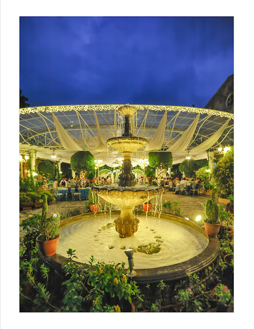 Blue gardens wedding and events venue for Au jardin wedding package