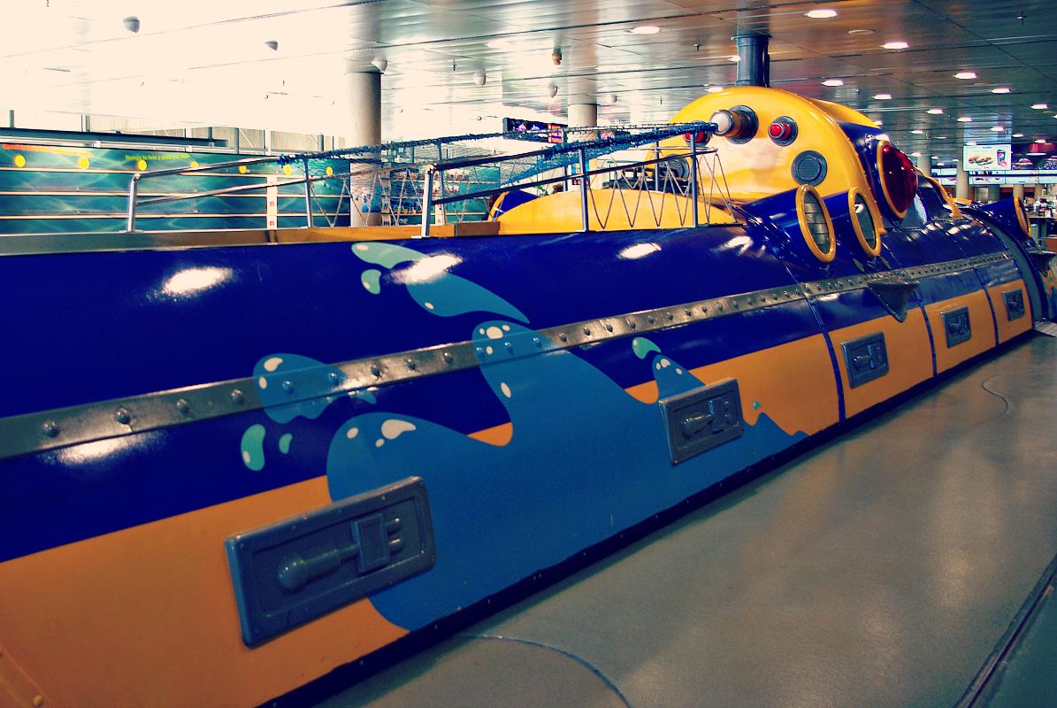 Łódź podwodna - Oceanarium w Barcelonie