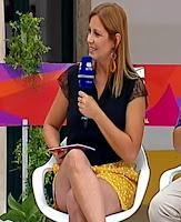 Vanessa Oliveira destaca pernas
