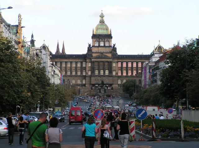 Passeio pela Cidade Nova em Praga