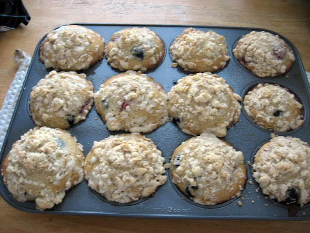Raspberry-Blueberry Muffins w/ Streusel Topping by freshfromthe.com