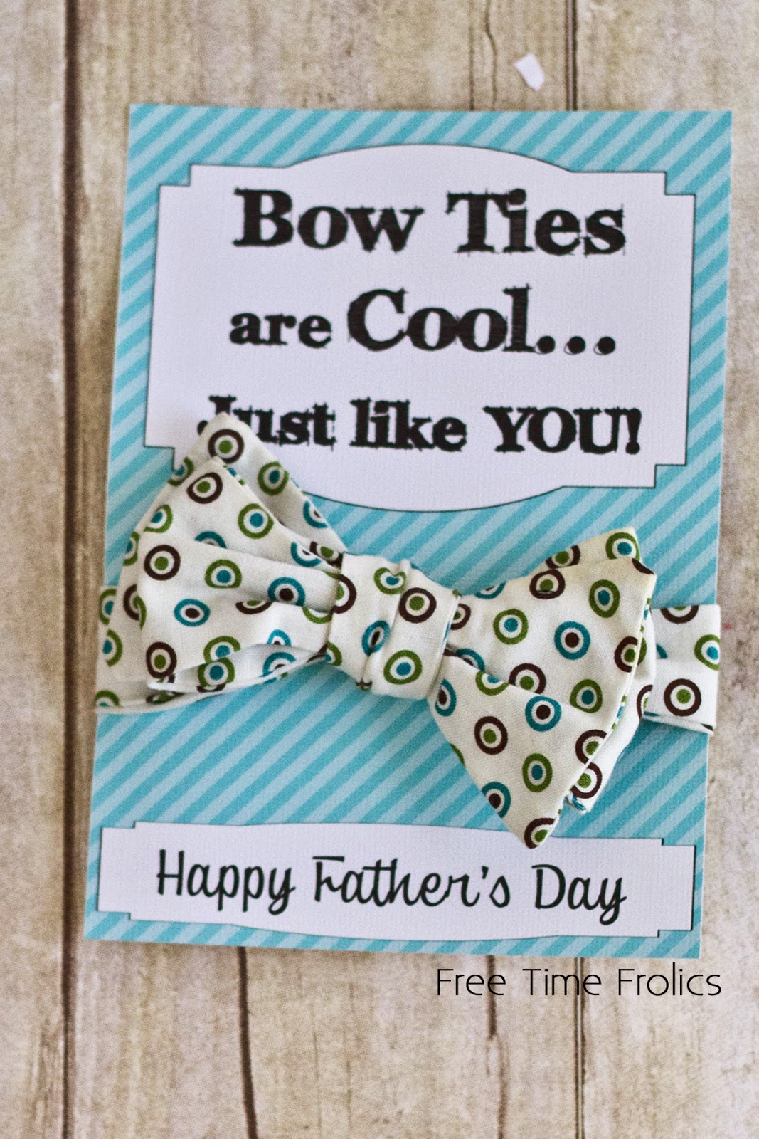 Dr who fathers day printable make a bow tie www.freetimefrolics.com #fathersday #drWho