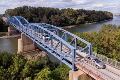 Megépül a Jászberényt elkerülő út harmadik üteme, megújult a kiskörei Tisza-híd