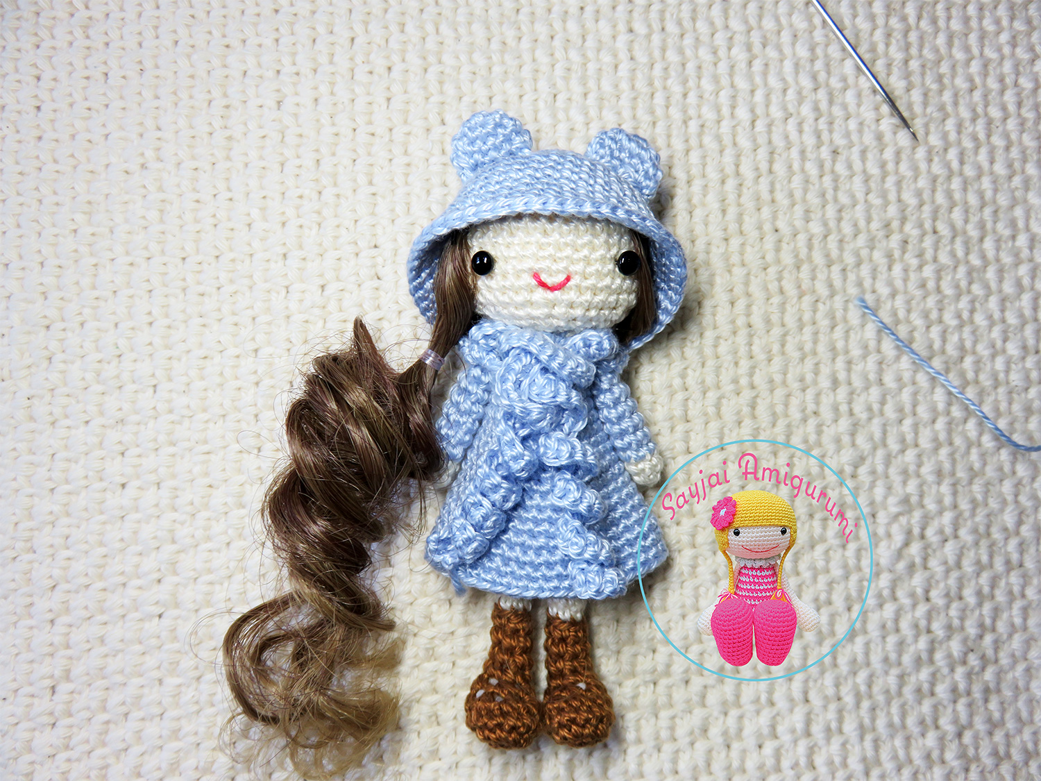 Amigurumi Curly Doll : Curly girls amigurumi crochet pattern sayjai