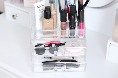 make-up na organizer