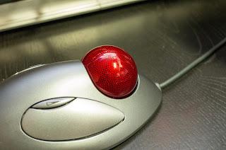 TRACKMAN MARBLE は マーブルオプティカルテクノロジーにより正確なポインティングが可能