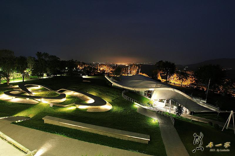雲林古坑華山觀止虫二行館|可遠眺三縣市美麗夜景