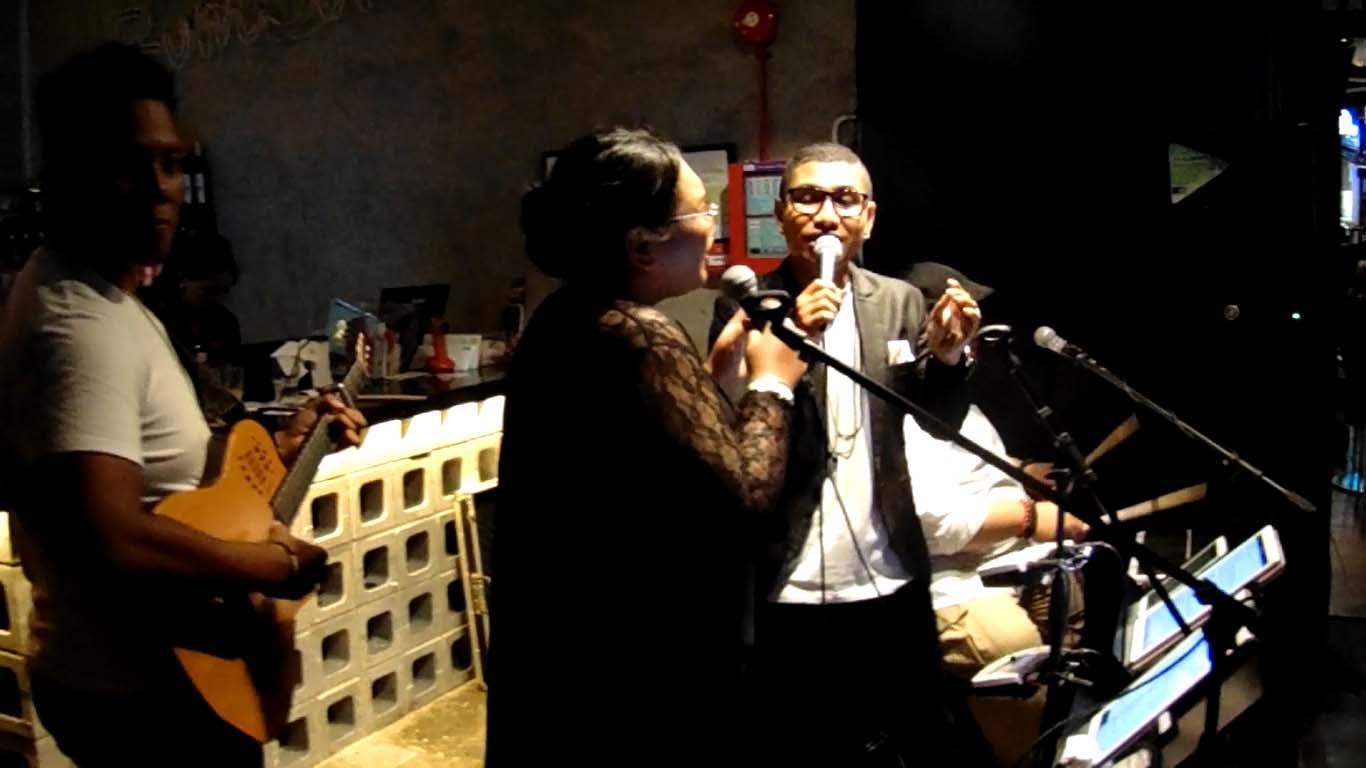 Penyanyi Asal Flores NTT Meriahkan Music Festival di Singapura, Sultan Gate Music Festival, Rumours Anniversary, Tommy Boly
