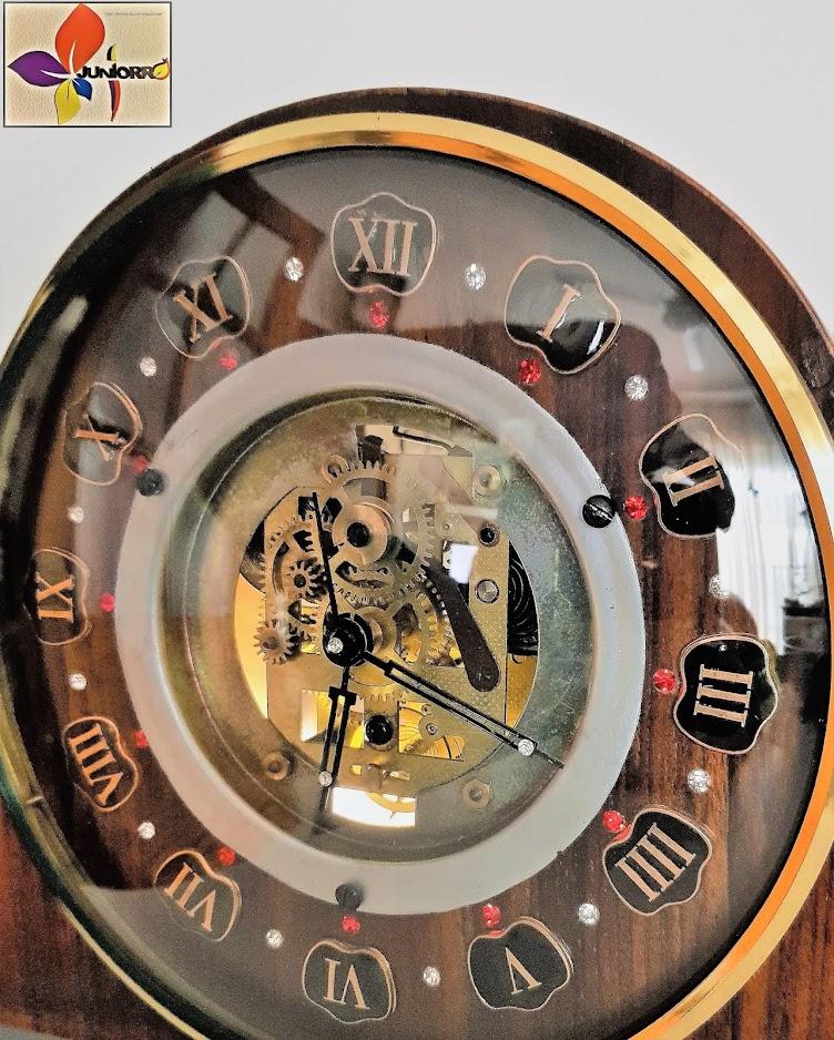 El Reloj Antiguo XVI
