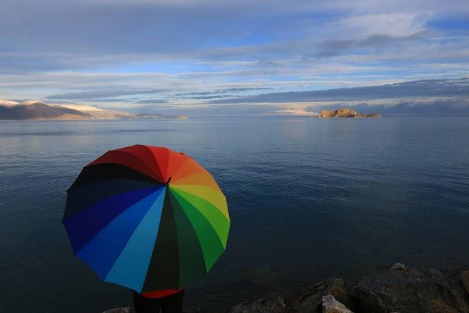 DOĞU ANADOLU GEZİSİ - Gökkuşağı Şemsiyesi