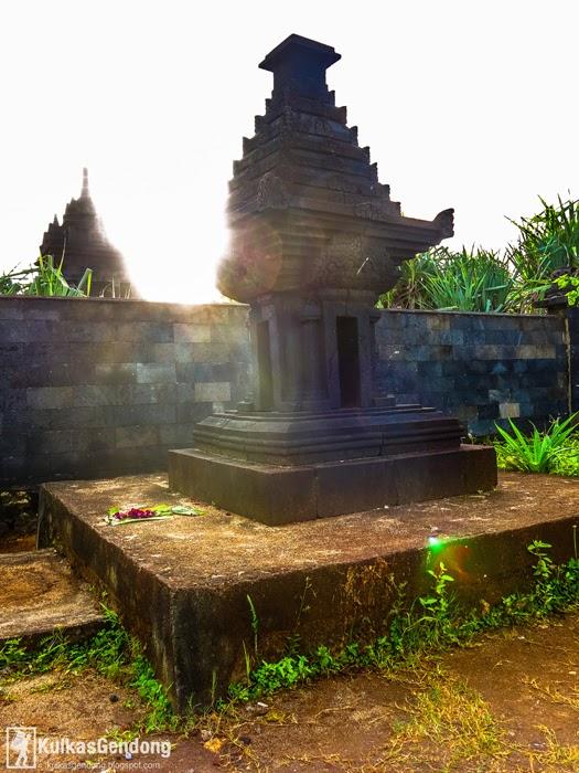 http://kulkasgendong.blogspot.com/