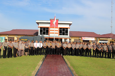 43 Personil Polres Labuhanbatu Terima Kenaikan Pangkat