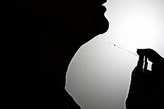 تفسير رؤية العطر للعزباء والمتزوجة والحامل
