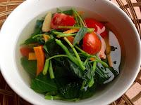 Cara Mudah dan Alami agar Warna Hijau Sayuran Tetap Cantik Setelah Dimasak