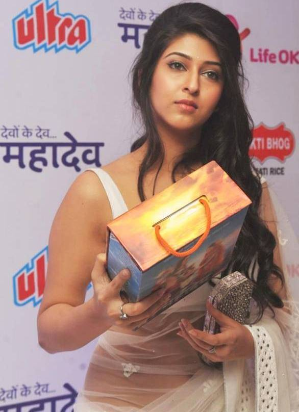 Sonarika Bhadoria Long Hair In Transparent White Saree