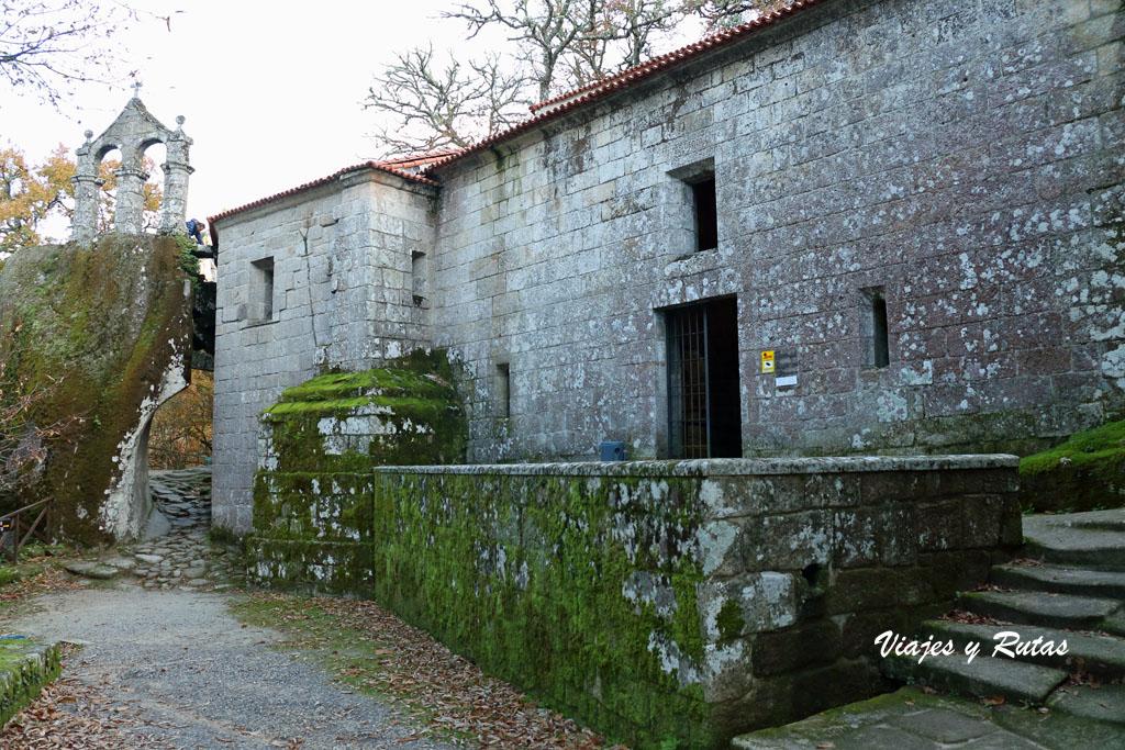 Iglesia de San Pedro de Rocas