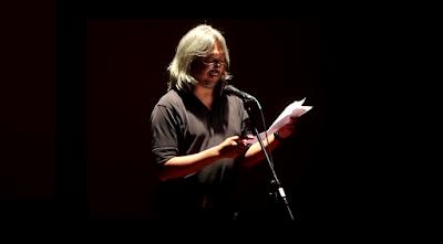 """Puisi: Tahanan yang Menatap Terali Besi Diam-Diam"""
