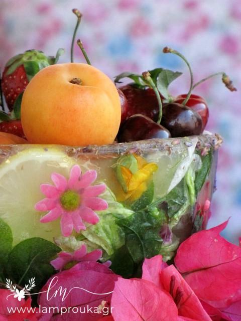 φτιάξε ένα παγωμένο μπολ για τα φρούτα σου