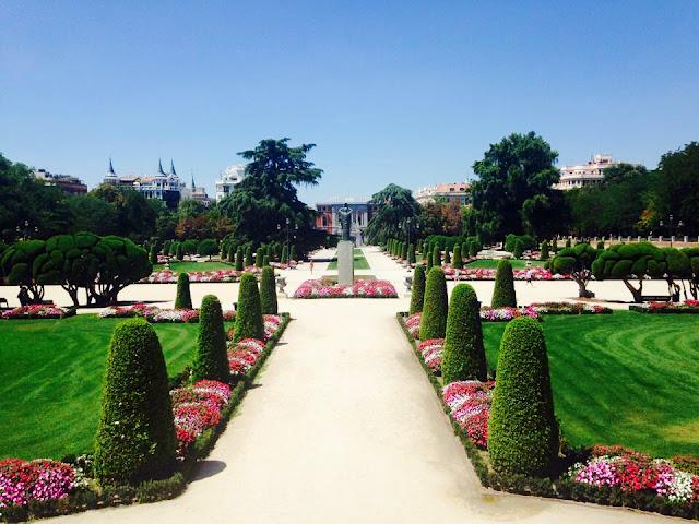 Parque Retiro gardens