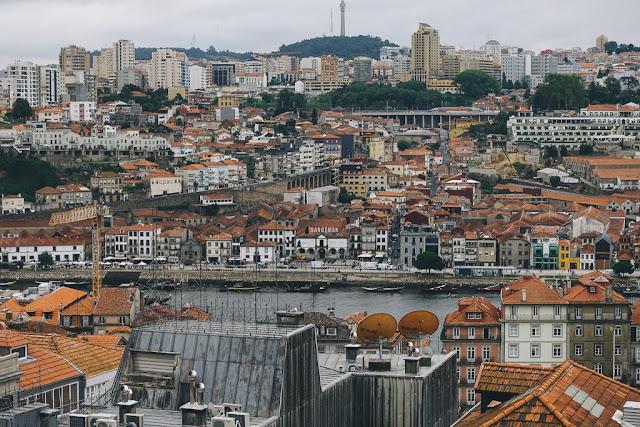 ヴィクトリア展望台(Miradouro da Vitoria)からの眺め