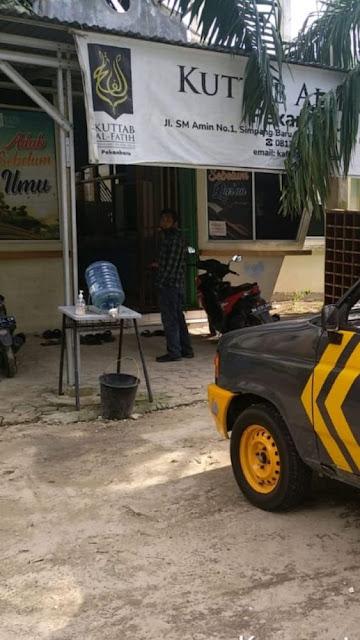 30 Guru Pesantren Kuttab Al-Fatih di Pekanbaru Keracunan