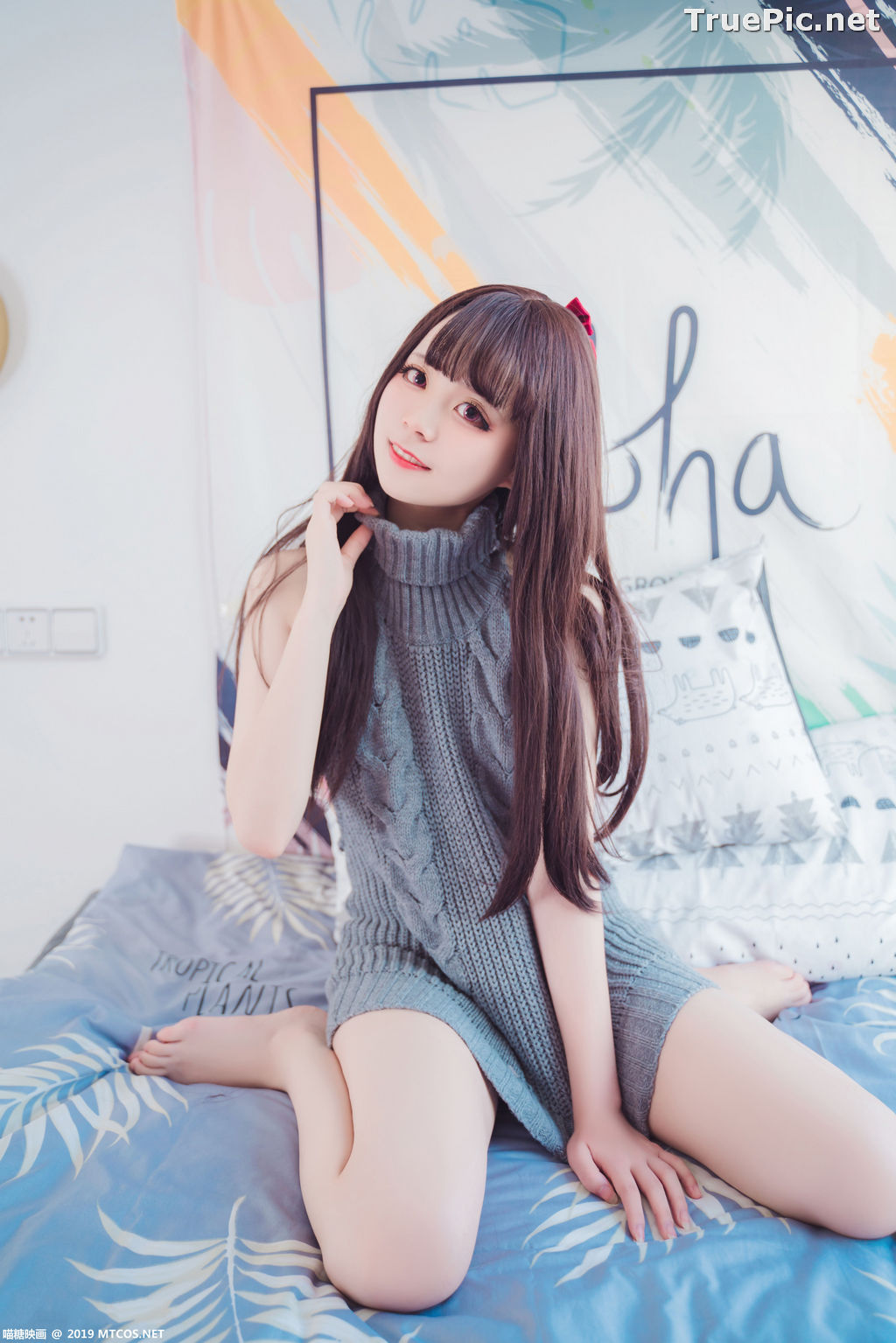 Image [MTCos] 喵糖映画 Vol.030 – Chinese Cute Model – Open Back Sweater - TruePic.net - Picture-28