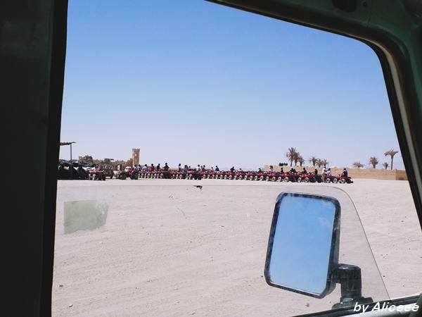 cu-atv-ul-in-desert-experienta-impresii-Egipt