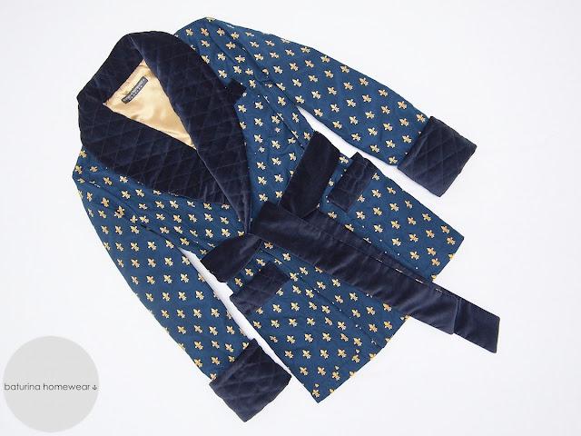 herren hausjacke smoking jacket seide samt warm gefüttert elegant stilvoll englisch morgemantel kurz britischer hausmantel dunkelblau