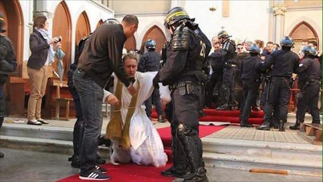 Resultado de imagem para 2.800 templos cristianos serán demolidos en Francia