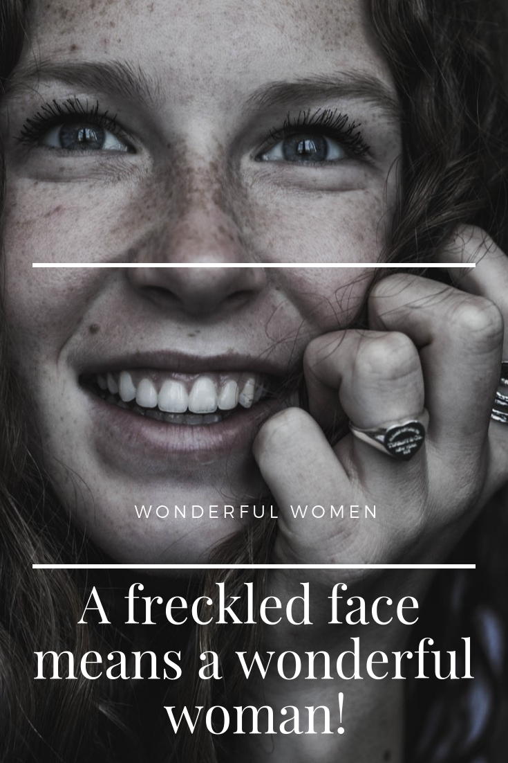 20 Proof That Women With A Freckled Face Are More Beautiful