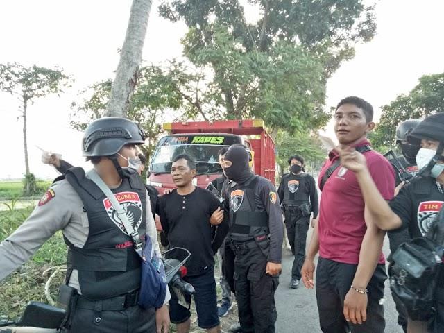 Pelaku Curanmor Asal Jember di Bekuk Tim Cobra dan Satgas Keamanan Desa Boreng