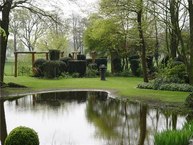 Specific suggestions for villa large garden design