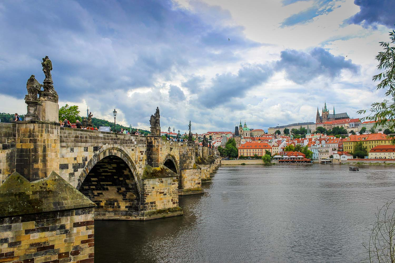 prague charles bridge vltava river