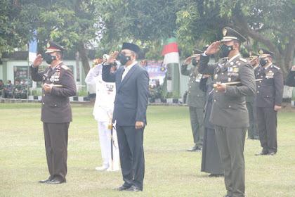 Rayakan HUT TNI ke-76, Gubernur Dr. Zul Hadir di Makorem 162/WB