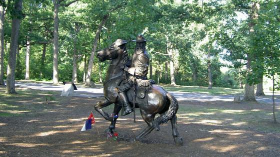 statute of Longstreet at Gettysburg