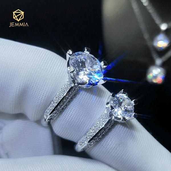Nước kim cương dùng để đánh giá về các cấp độ màu sắc của kim cương