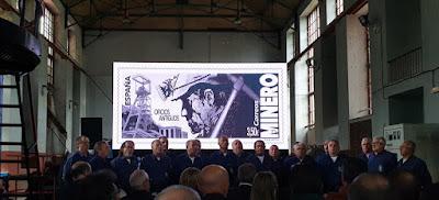 Coro de Turón en la presentación del sello de El Minero en el Pozo Sotón