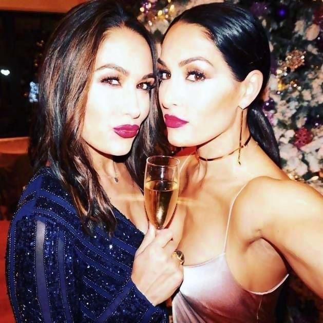 The Bella Twins Film In LA, Bayley wants Alexa Bliss to prove her wrong, Why Hollywood celebrities love The IIconics