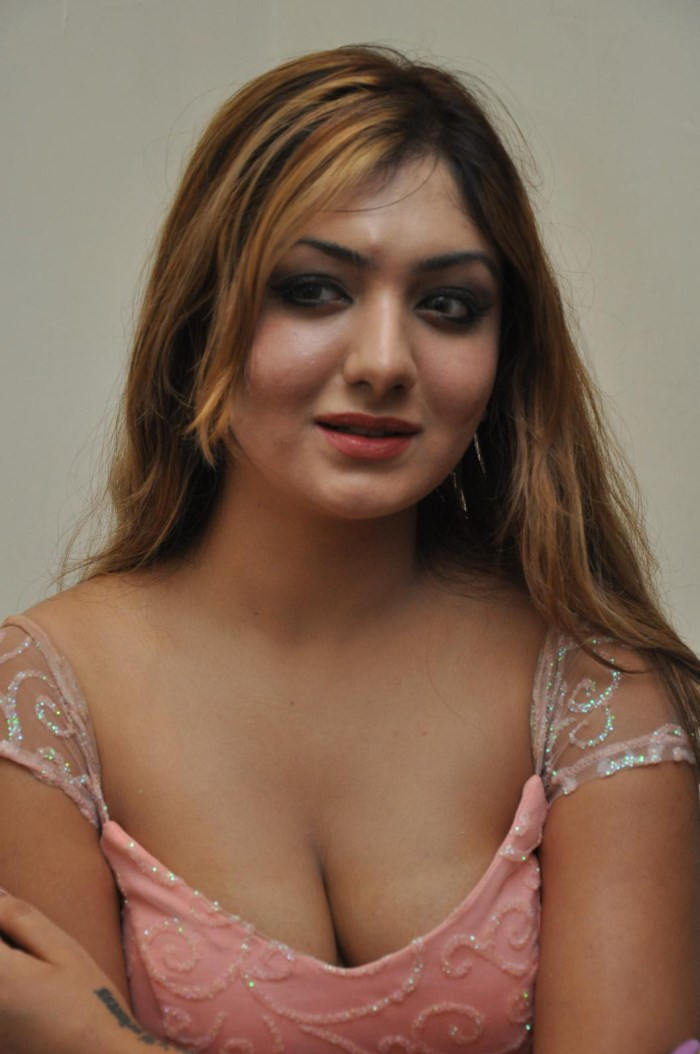 Telugu Actress Khushi Mukherjee