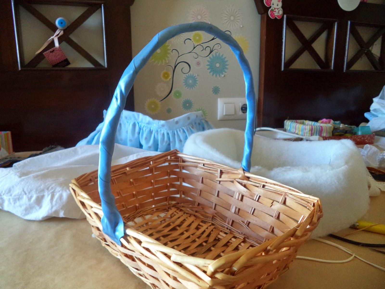 Pap cestita para bebe lanaytela - Decorar cestas de mimbre paso a paso ...