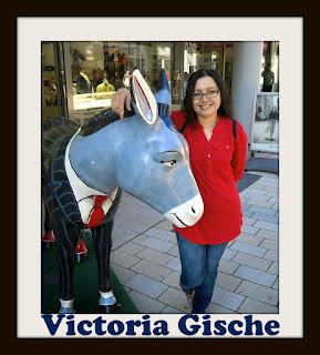 http://wymarzona-ksiazka.blogspot.com/2017/11/niezwyky-wywiad-z-victoria-gische.html
