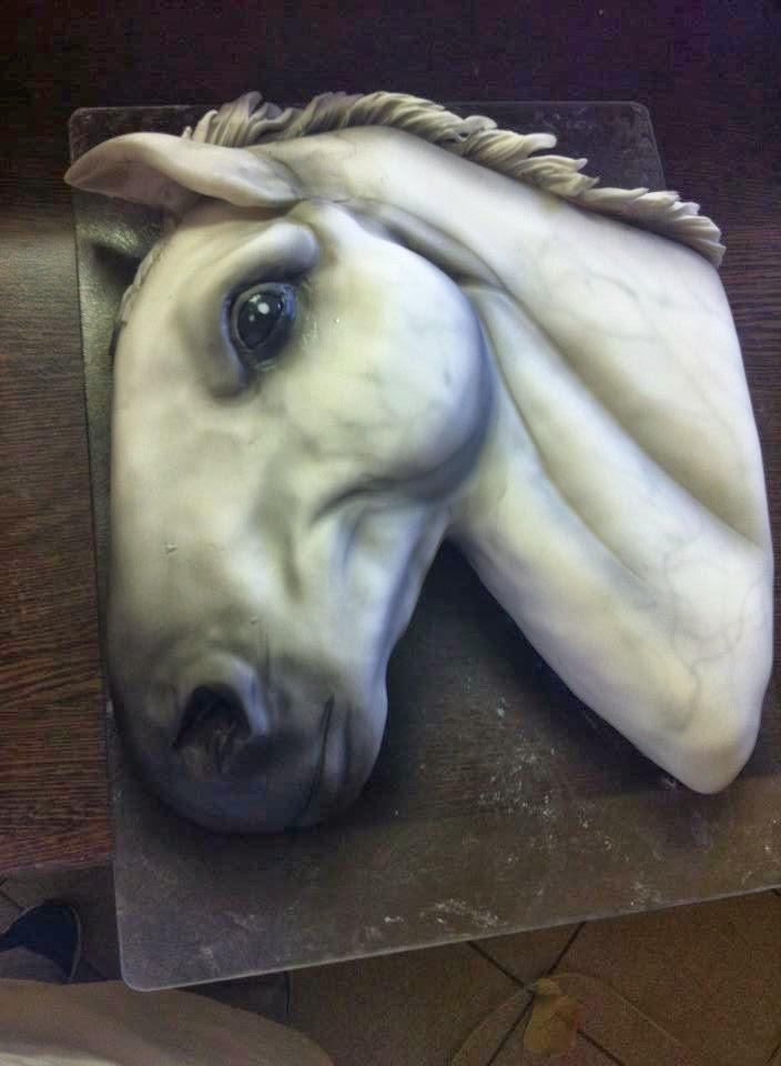 ló torta képek Kricky konyhája: Ló torta airbrush techinkával ló torta képek