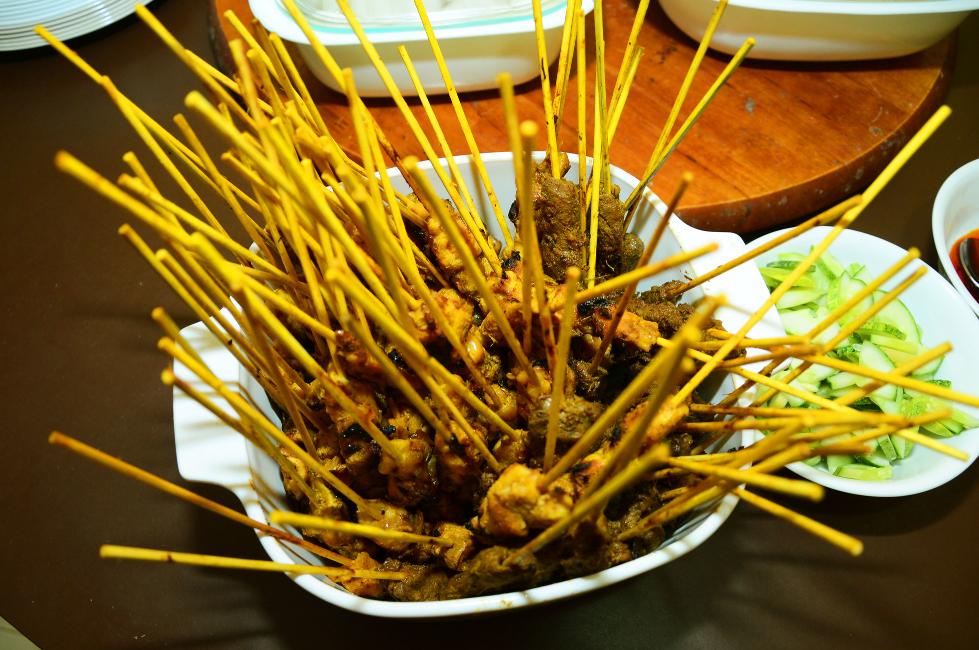7 Hidangan Makanan Jalanan Yang Lazat Untuk Dicuba Di Malaysia