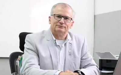 """""""Futura gestão cuidará de pagar a folha de janeiro"""", diz prefeito eleito de Limoeiro"""
