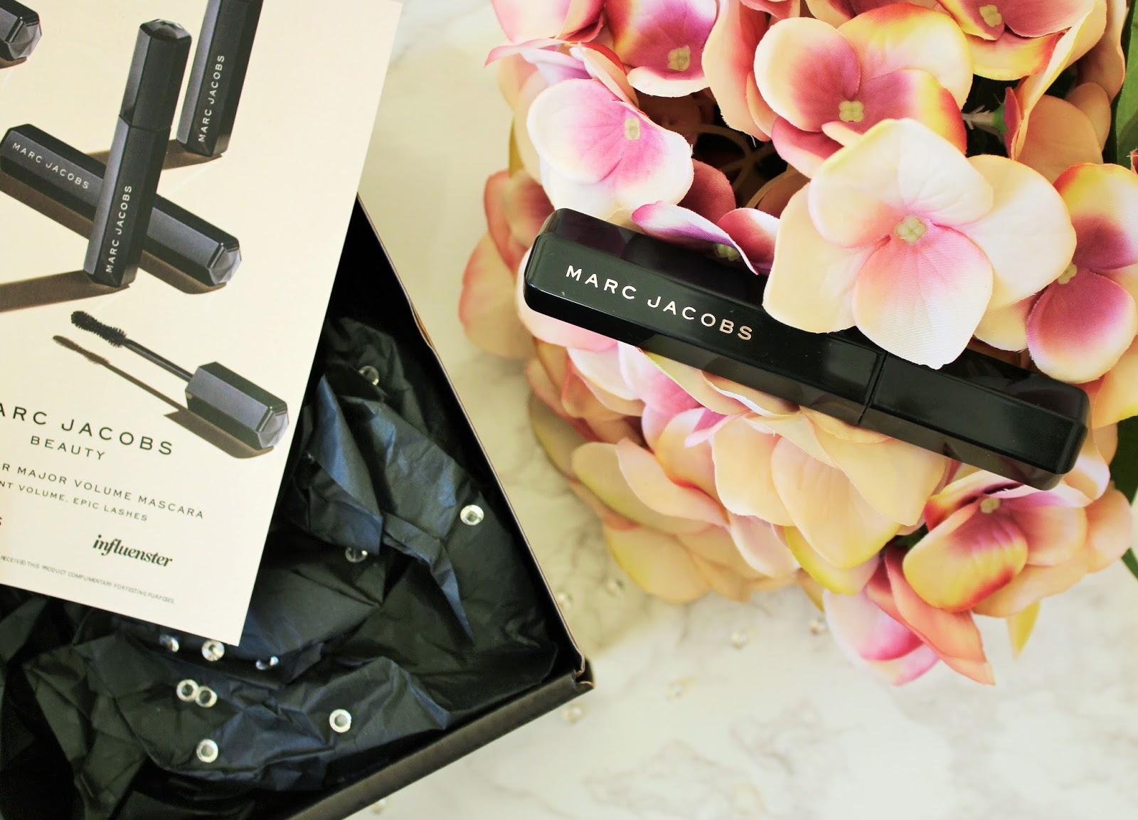 Marc Jacobs Velvet Noir Major Volume Mascara Review - 4