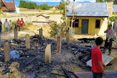 Diduga Korsleting, Warung Sembako Naibaho di Samosir Terbakar