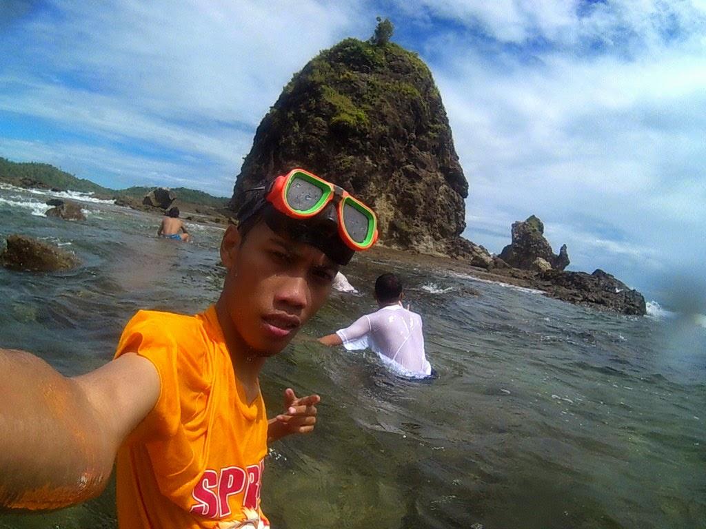 Sebelum masuk air, foto karang besar