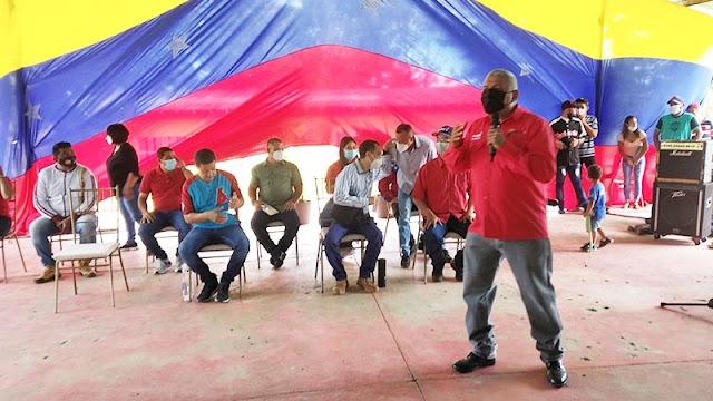 EN CARORA: PSUV PRESENTÓ A PRECANDIDATOS A GOBERNACIÓN Y ALCALDÍA
