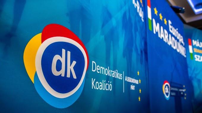 Dömötör Csaba: A DK logóját cseréljék le gumilövedékre
